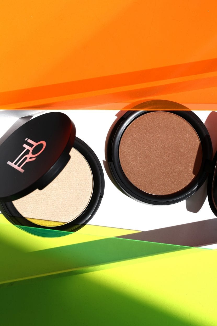 HIRO-Pressed-Powder-Highlighter-Bronzer-Stil.jpg