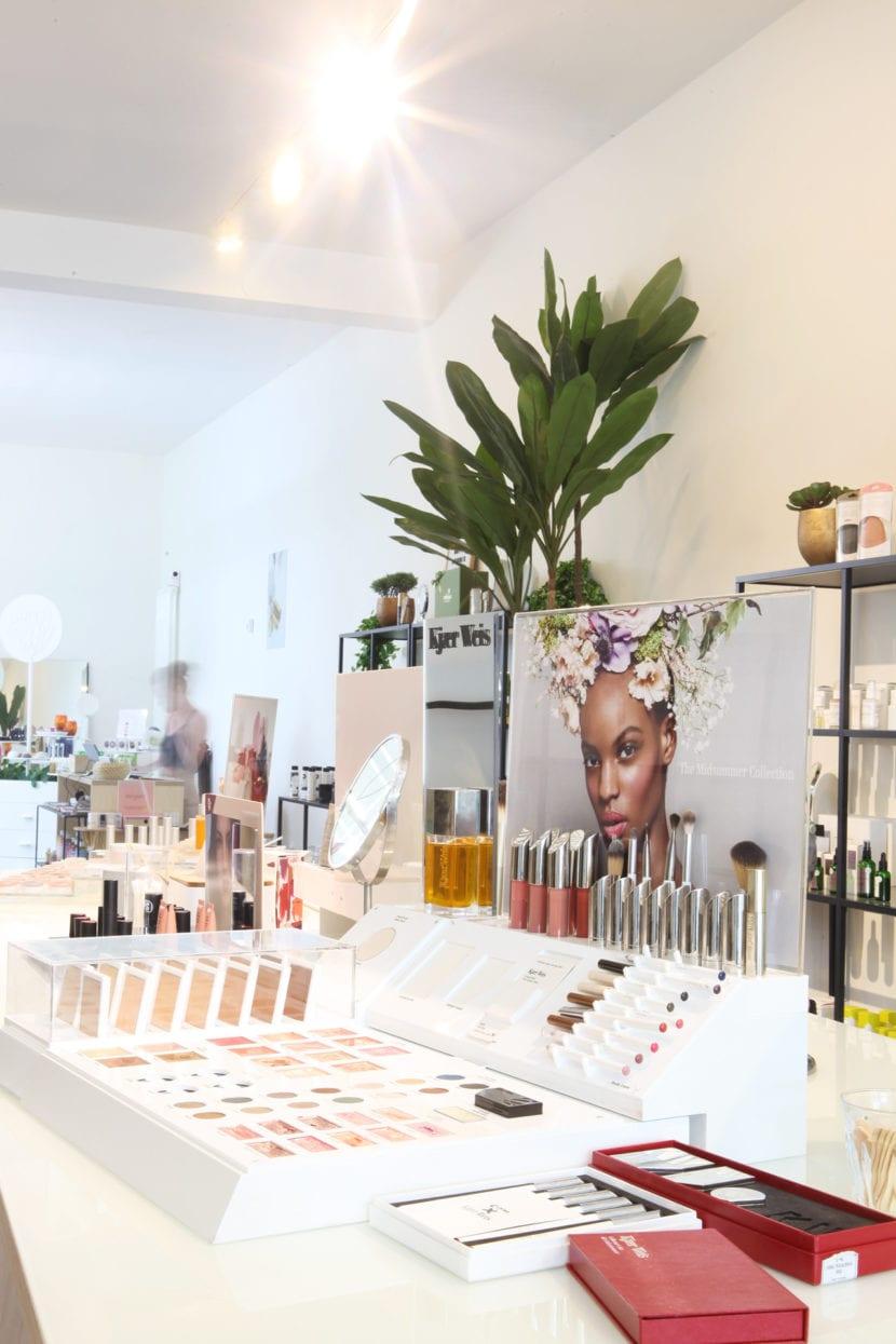 Amazingy-Berlin-Store-Makeup.jpg